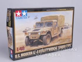 "U.S. Modern 4x4 Utility Vehicle""Cargo Type"" с 1 фигурой водителя"